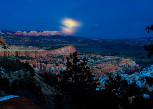 Full Moon Hike Bryce Canyon National Park @ Bryce Canyon National Park Visitor Center