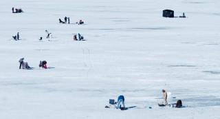 ice-fishing-5