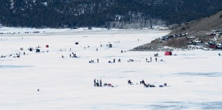 ice-fishing-6